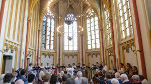Tijdens een eerder concert in de Cellebroederskapel